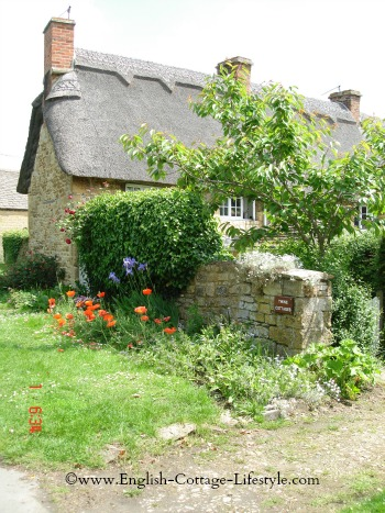 Cotswold Thatched Cottage