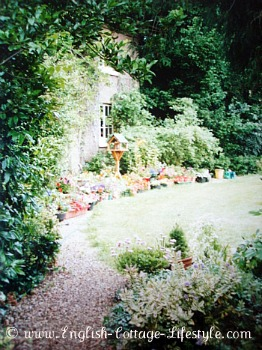 English cottage and garden in Worcestershire